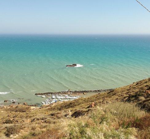 Faro di Capo Rossello: Porticciolo di capo Rossello viste dal faro
