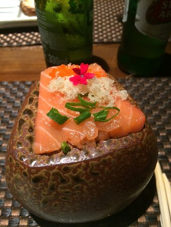 Sashimi na pedra