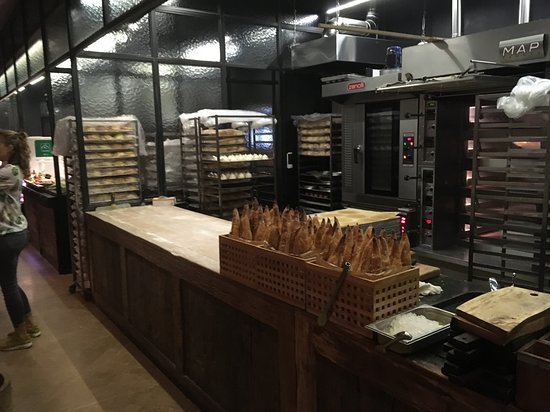 Keuken Outlet Store : Brood in de keuken picture of ryby net moscow tripadvisor