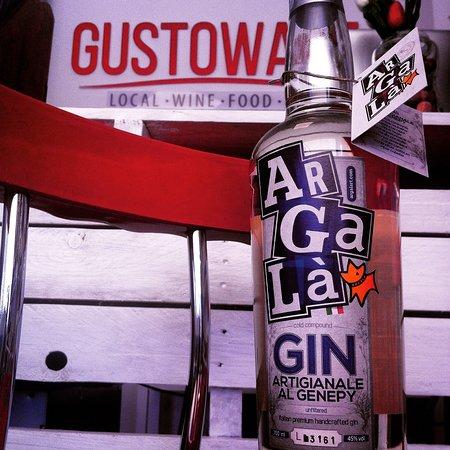 Gustowawe: Gustowave - gin e genepy