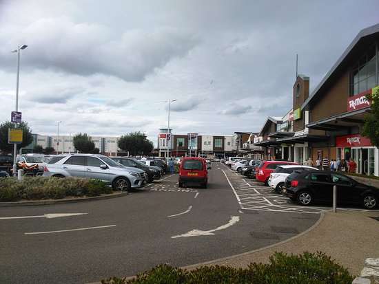 Westwood Cross Shopping Centre