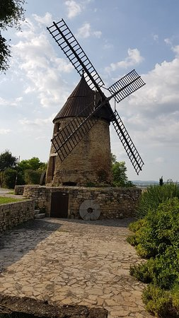 ‪Moulin de Cugarel‬