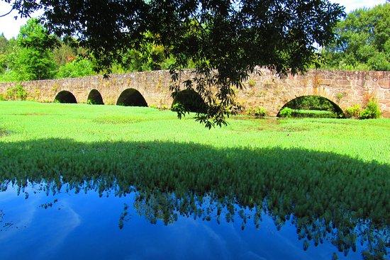 Ponte medieval do Rio Marnel