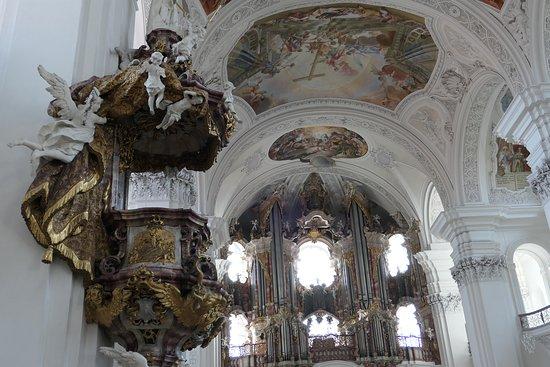 Reichsabtei Weingarten: Basilica dell 'Abbazia di Weingaren - pulpito