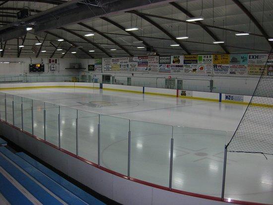 Lac La Biche, Canada: Full view of Ice Rink