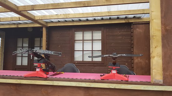 Recurve and Compound Crossbow - Picture of Ringinglow