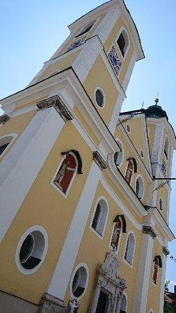 St. Johann no Tirol, Áustria: St. Johann im Tirol - Dekanatspfarrkirche