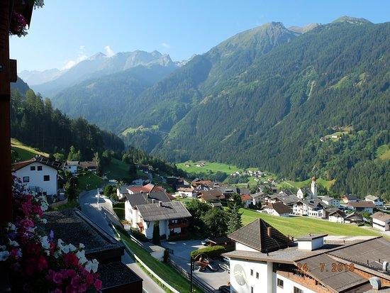 Hotel Jerzner Hof: Early morning view from balcony