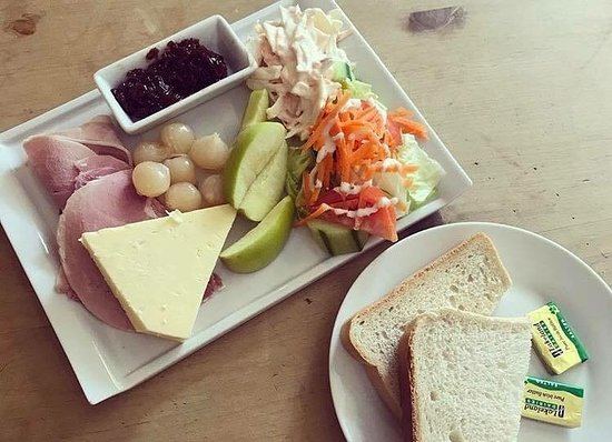 Pucklechurch, UK: The Old Dairy Ploughmans