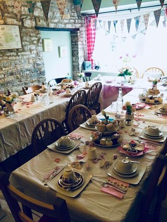 Pucklechurch, UK: Private party - afternoon tea