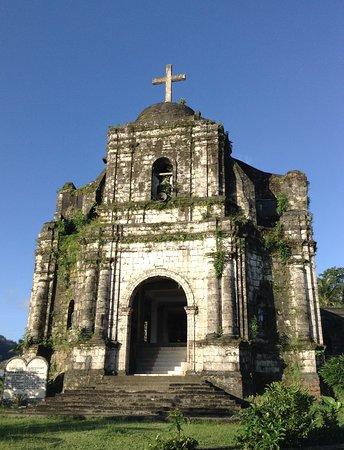 Binurong Point: Bato Church