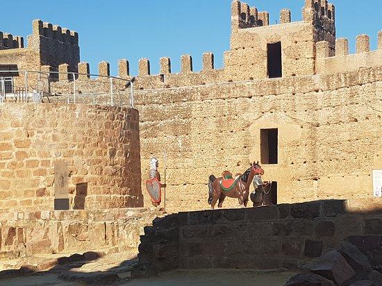 Ambientacion Medieval Picture Of Banos De La Encina Castle Banos