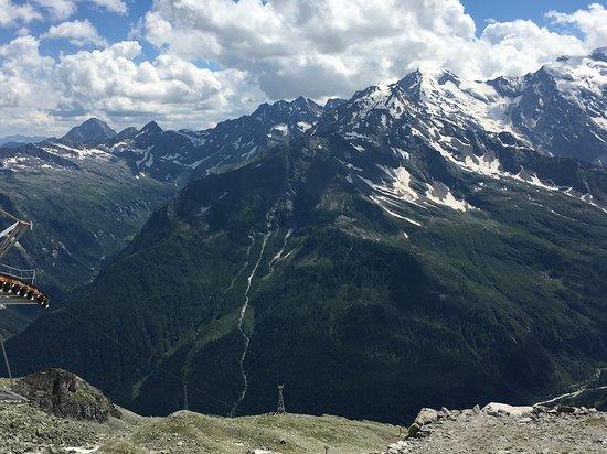 Macugnaga, إيطاليا: Views from the top