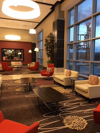 Lawrenceburg, IN: Lobby Sitting Area