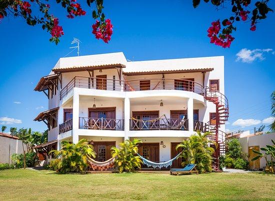 Hotel e Pousada Cumbuco Guesthouse