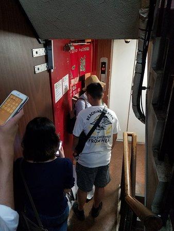 Ichiran, Shimbashi: Almost to the entrance