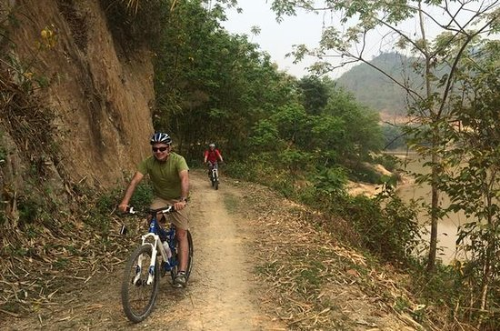 Hoa Binh Mountain Bike Tour from Hanoi