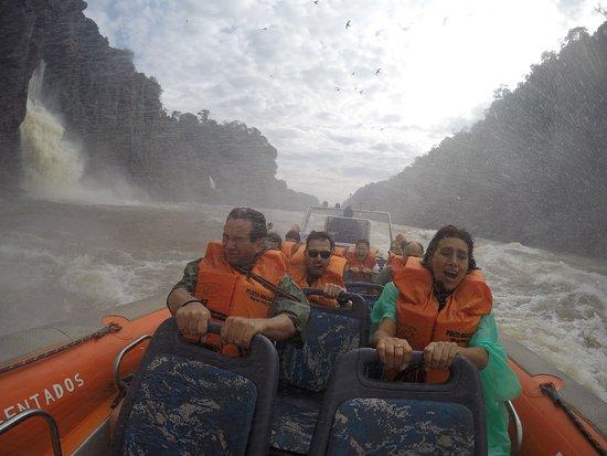 Macuco Safari: Heading upriver at speed!