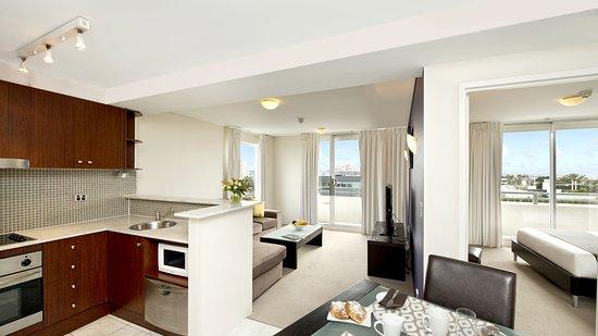 Cremorne, Australia: One Bedroom Apartment