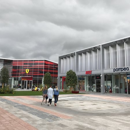 Scalo Milano Outlet & More - Picture of Scalo Milano Outlet ...