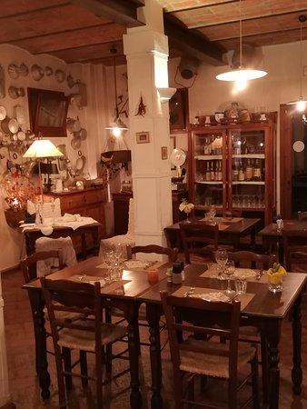 Altedo, Włochy: ...dentro