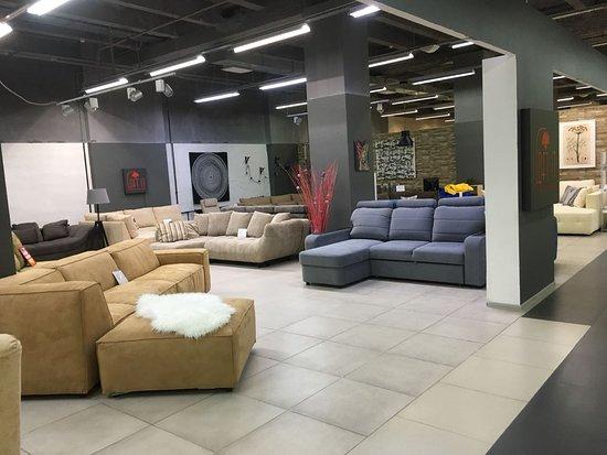 Барнаул, Россия: Магазины ТВК