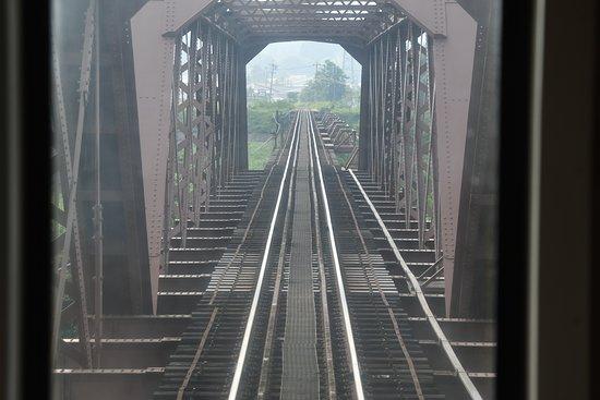 Yamagata Railway: 最上川の橋梁