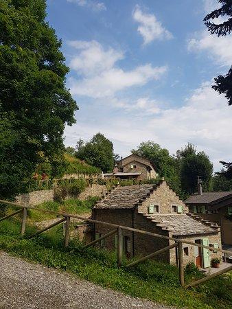 Fiumalbo, Italie : Il borgo