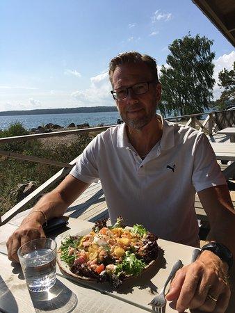 Gnarp, Sweden: Lunch med utsikt över havet