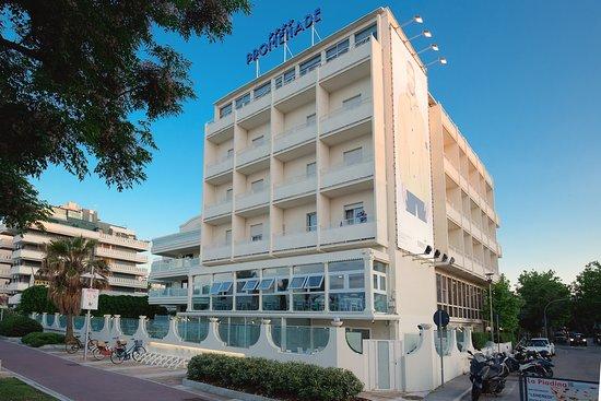Promenade hotel 4 tripadvisor - Bagno 60 riccione ...