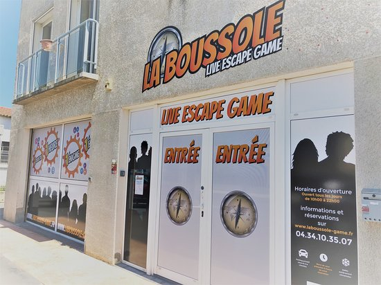 ‪La Boussole, Live Escape Game.‬