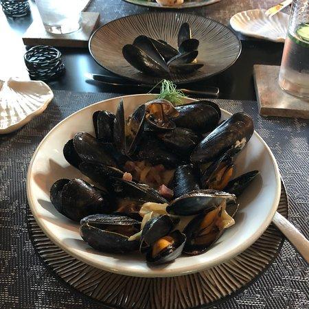The Pearl Eatery : photo4.jpg