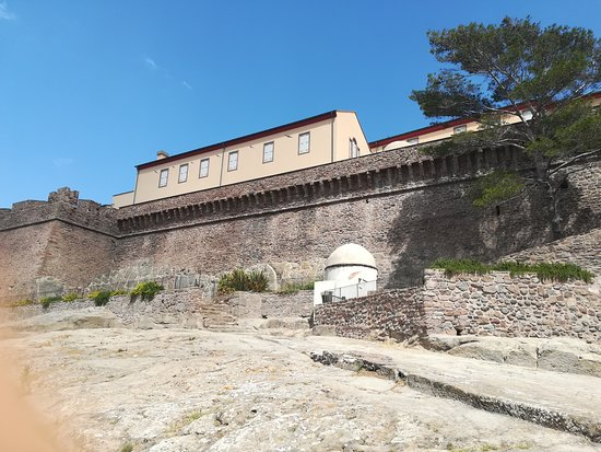 Capraia Isola, Itália: Forte San Giorgio a Capraia (LI)