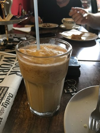 Newborough, UK: Iced Frappe