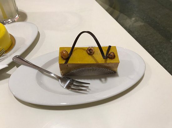Cukrárna Saint Tropez: Zákusok oriešok + citrón