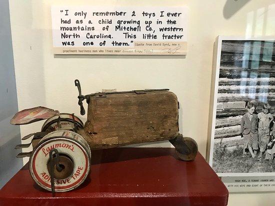 Museum of Appalachia Photo