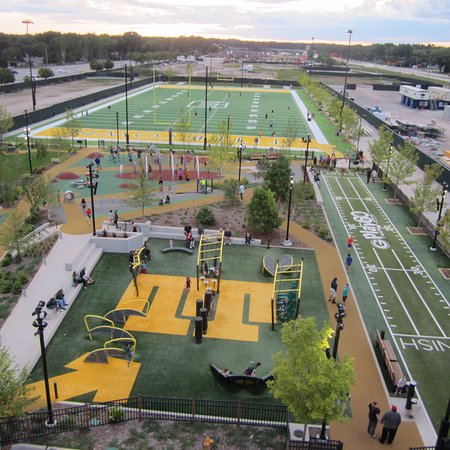 Green Bay, WI : Titletown Park and recreational area. Wow! Cool!
