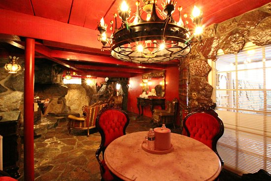 MADONNA INN - Updated 2018 Prices & Hotel Reviews (San ...