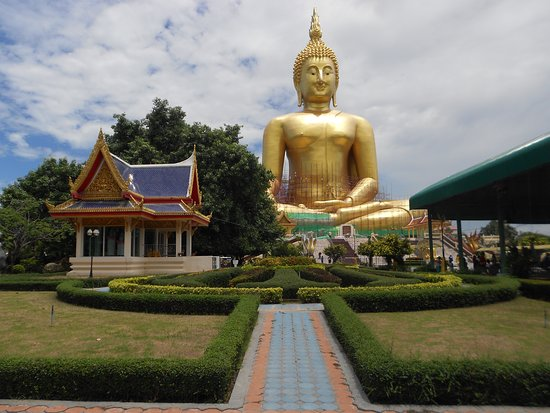 Biggest buddha statue in Thailand - Review of Wat Muang