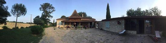 Escorneboeuf, Francja: Le site, la maison en panoramique