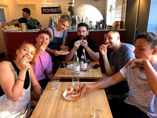 Merstham, UK: Happy pizza eaters!