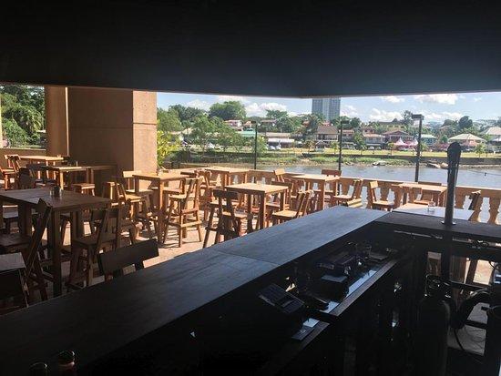 Riverview Bar