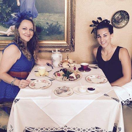 Grey Gables Inn Bed and Breakfast: photo0.jpg