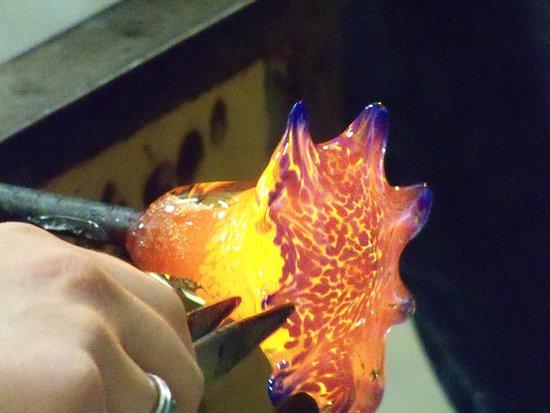 Jaffrey, NH: Making a flower.