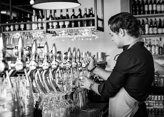 Late Night Bar Van Kinsbergen