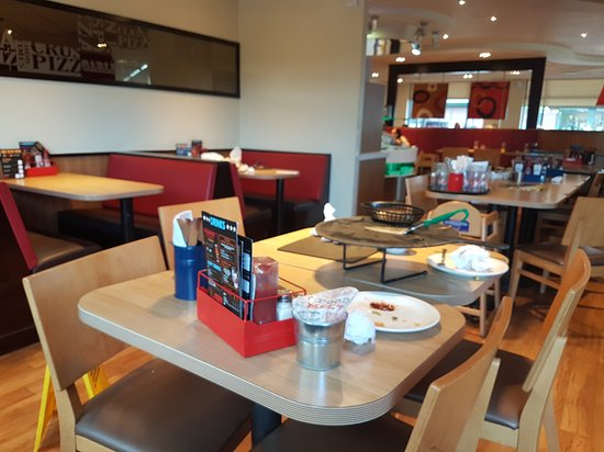 Restaurants Pizza Hut Wolverhampton In Wolverhampton With