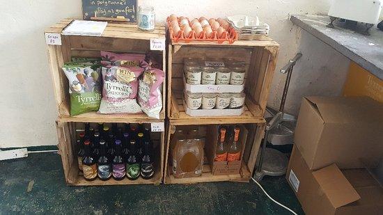 Clynnogfawr, UK: Henbant Shop