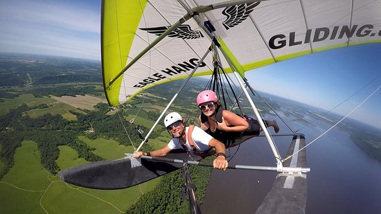 Lake City, MN: Flyin High over Lake Pepin