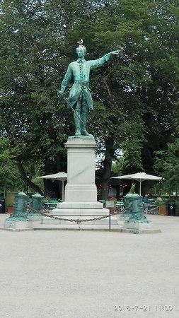 Karl XII staty Kungstradgarden