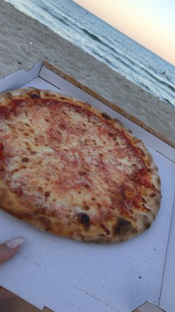 Mint Lounge : pizza
